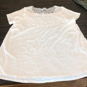 NWT lace crochet maternity shirt top size large